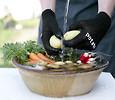 Küchenhelfer zum Vorbereiten von Gemüse