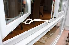 Fensterfeststeller Pragraf von Flux