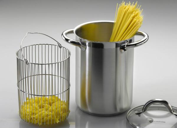 Spargel- und Nudeltopf von SUS zum schonenden Garen von Spargel und zum Kochen von Nudeln