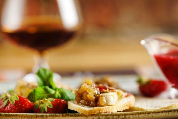 Stilvoll, edel und ungewöhnlich: Foie gras und Champagner