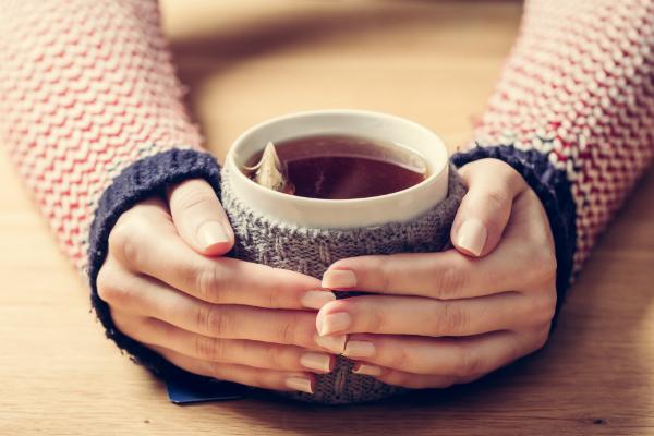Heißer, aromatischer Tee ist besonders im Winter gut zum Wärmen