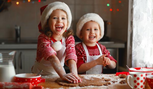 An Weihnachten mit der Familie backen