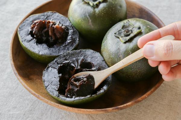 """Die """"Puddingfrucht"""" - schwarze Sapote"""