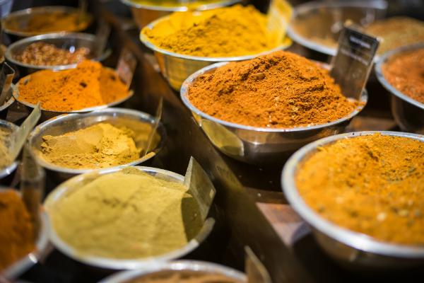Verschiedene indische Gewürze