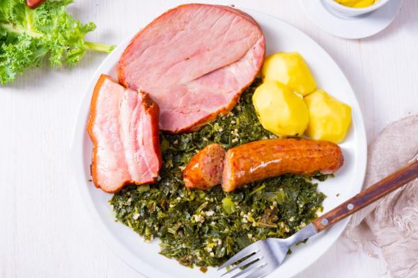 gruenkohl-pinkel-kasseler-kartoffeln