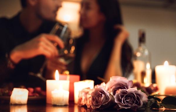 Candle Light Dinner mit Wein