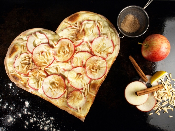 flammkuchen-herz-apfel